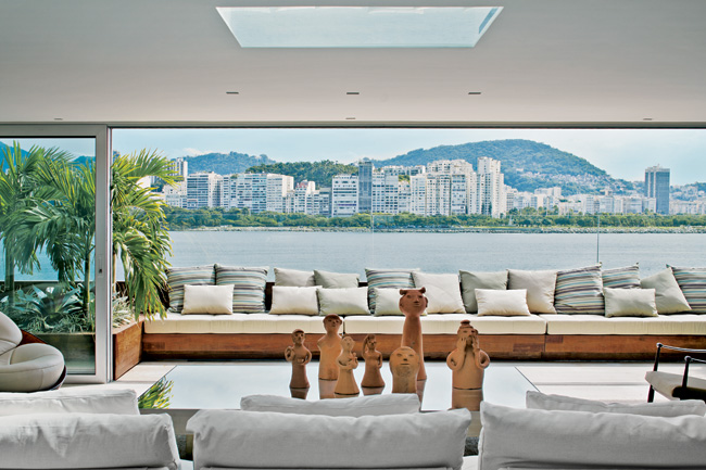 Urca Penthouse | 2013-09-16 | Architectural Reco