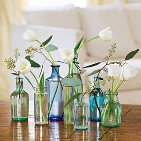 5 Cool Ideas And 25 Examples Of Using Vintage Bottles In Decor .