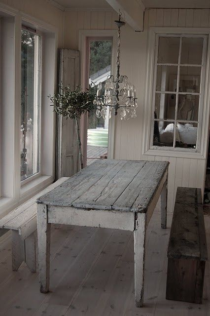 38 Adorable White Washed Furniture Pieces For Shabby Chic And .