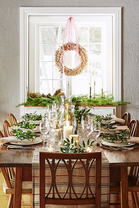 50 DIY Christmas Table Settings and Decorations - Centerpieces .