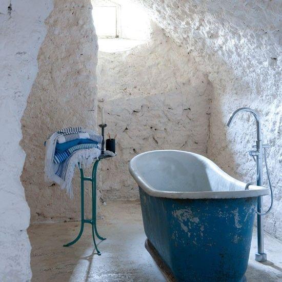 35 Amazing Raw Stone Bathroom Design Ideas   Stone bathroom, Blue .