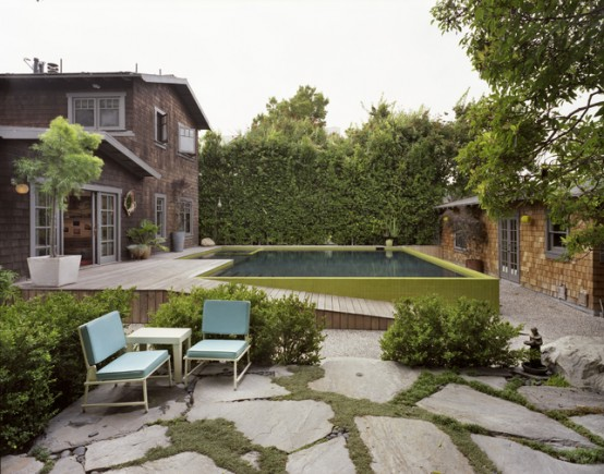 Amazing Lifted Pool Designed In Retro Style - DigsDi