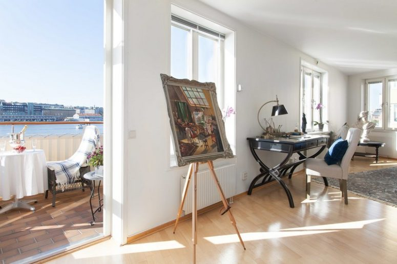 Swedish Apartment With River Views And Touches Of Blue - DigsDi