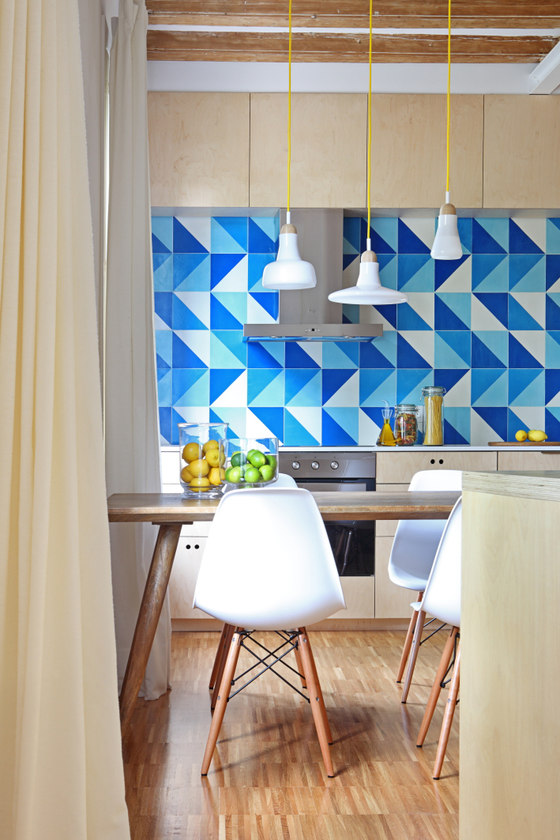 Modern Interior With Blue Touches And Warm Woods - DigsDi