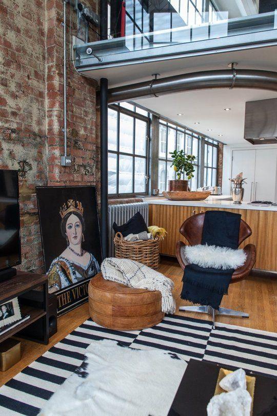 Heather's Eclectic, Little-Bit-Naughty, NYC-Style London Loft .