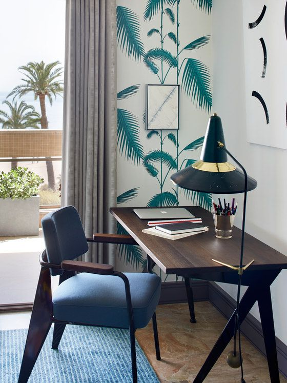 Mid-Century Modern Apartment With Riviera Touches | Funky home .
