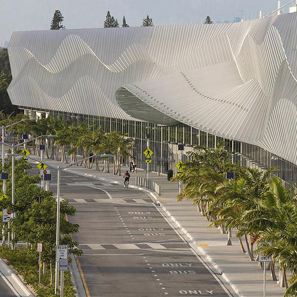 Fentress Architects - The most advanced Miami Convention Center .