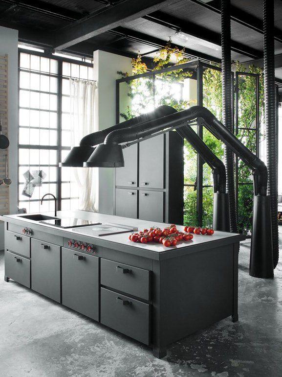 Design cooker hood MAMMUT by Minacciolo | #design Arch. Silvio .