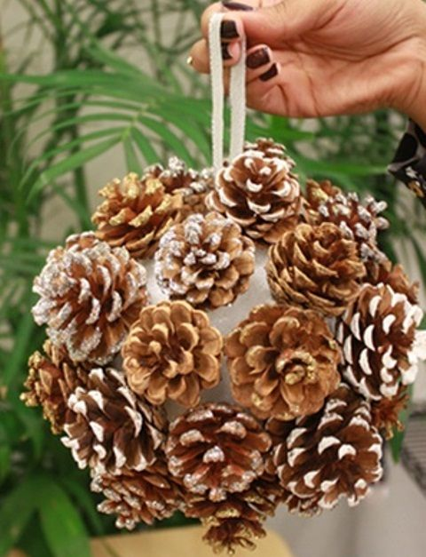 65+ Simply Magical DIY Pinecones Crafts That Will Beautify Your .