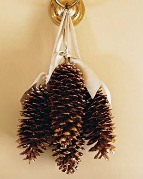 55 Awesome Outdoor And Indoor Pinecone Decorations For Christm
