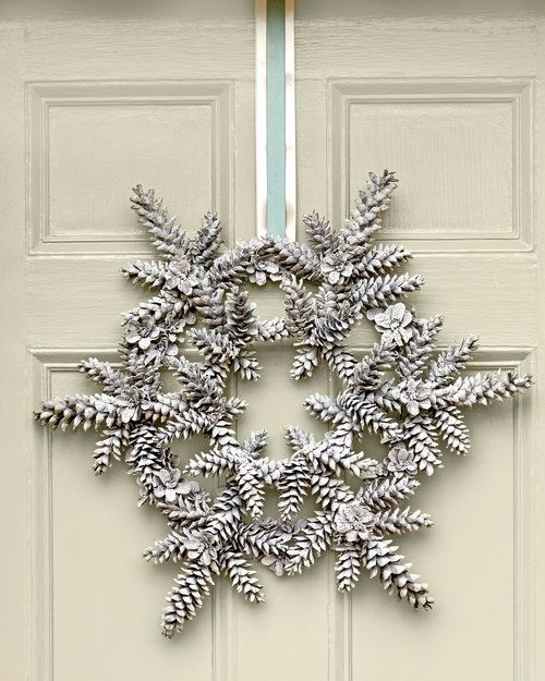 55 Awesome Outdoor And Indoor Pinecone Decorations For Christmas .