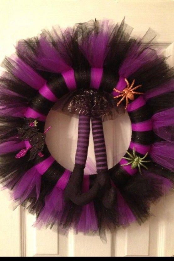 57 Awesome Purple Halloween Décor Ideas   Fun halloween decor .
