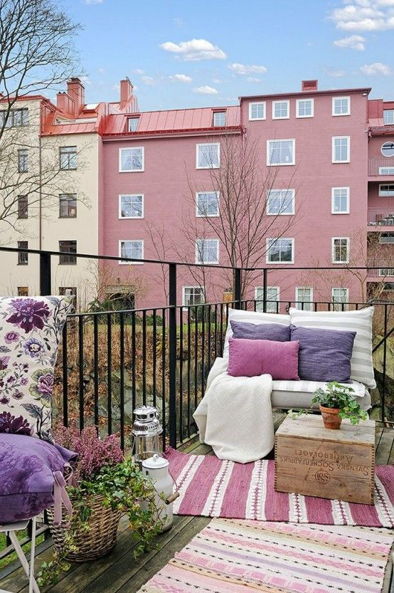 33 Awesome Scandinavian Balcony Designs | Balkonentwurf, Kleiner .
