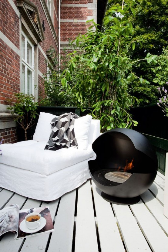 33 Awesome Scandinavian Balcony Designs - DigsDi