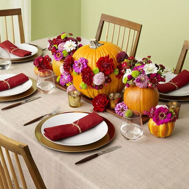 40+ Easy Thanksgiving Centerpieces for Your Holiday Table - DIY .