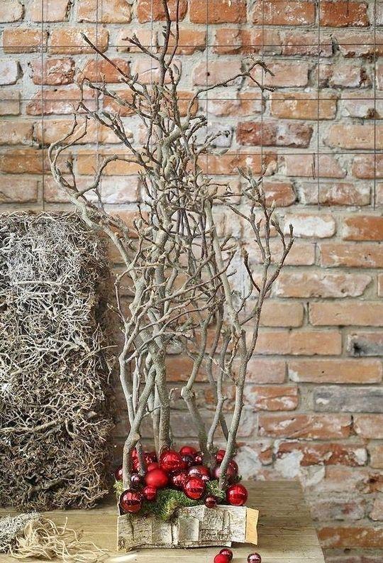 10 Awe-Inspiring Traditional Christmas Tree Alternatives .