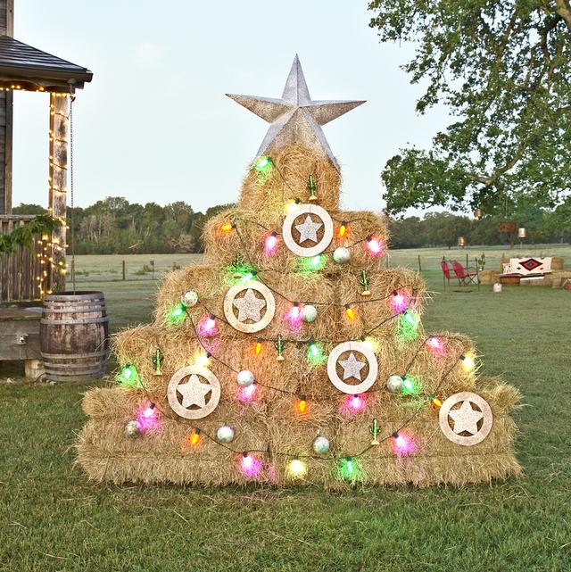 30 Best Alternative Christmas Trees - Alternative Christmas Tree Ide