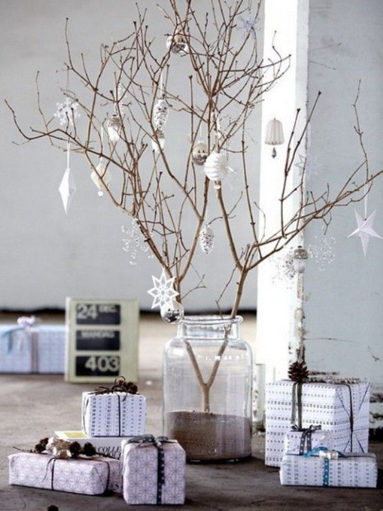 Awesome Traditional Christmas Tree Alternatives | Scandinavian .