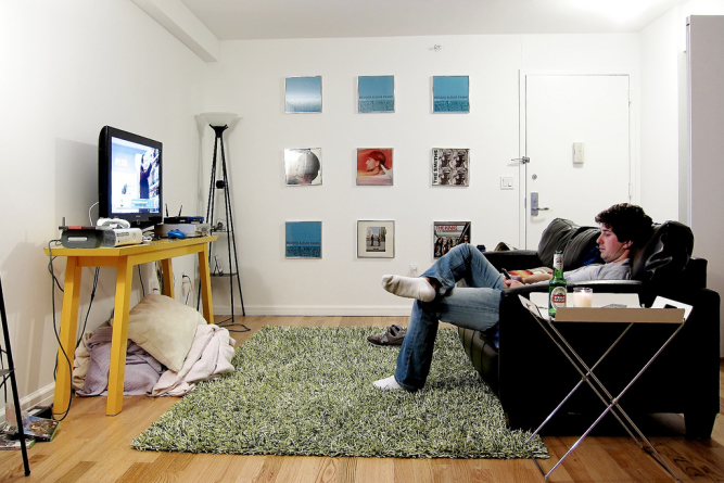 Bachelor Pad Essentials on a Budget - Men's Sty