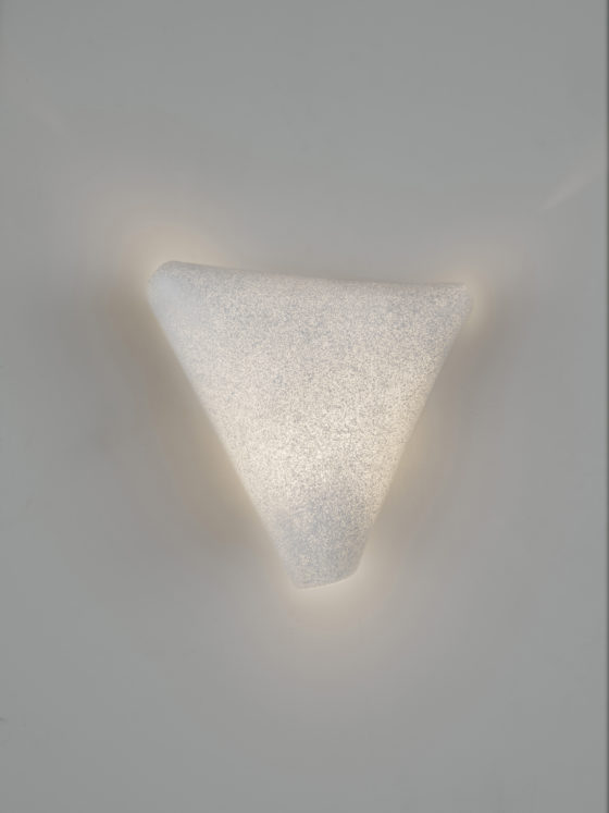 Ballet Wall Lamp Shows A Dance Of Light And Shadows - DigsDi