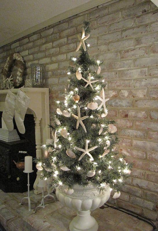 50 Cheap & Easy DIY Coastal Christmas Decorations   Florida .