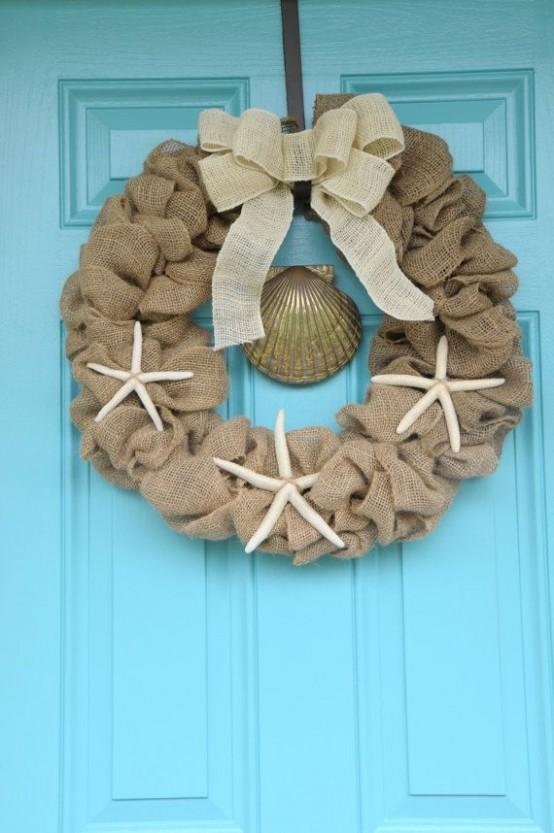 32 Beach Christmas Décor Ideas - DigsDi