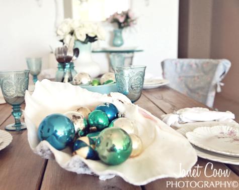 9 Festive Coastal Beach Christmas Holiday Table Decorating Ideas .