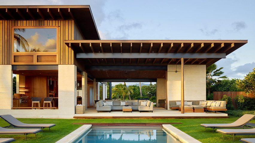Walker Warner Architects creates open-air beach house in Hawa