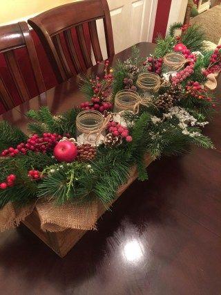 26 Create beautiful Christmas decor on a budget | Christmas table .