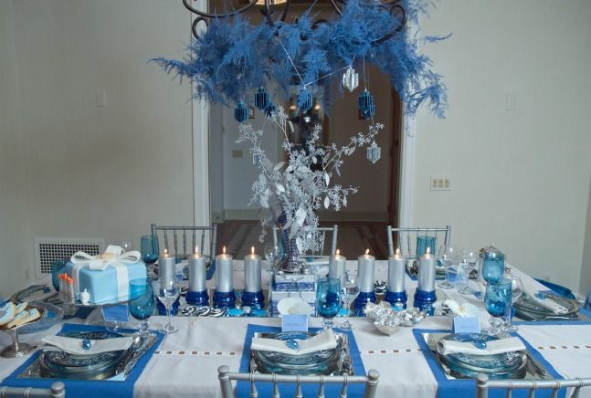 Easy and Gorgeous Do-It Yourself Chanukah Table Setting .
