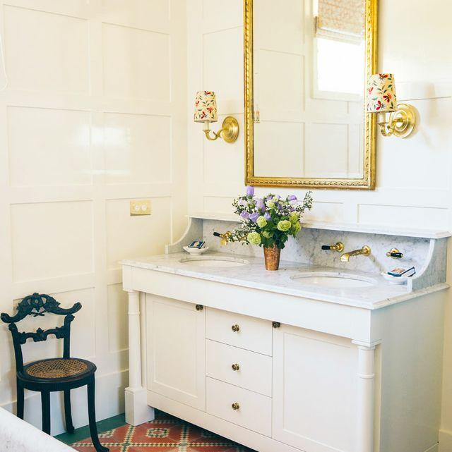 74 Best Bathroom Designs - Photos of Beautiful Bathroom Ideas to T