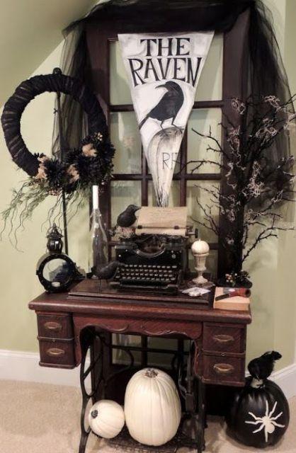 35 Beautiful Vintage Halloween Décor Ideas - DigsDi