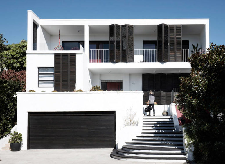 Black And White House With Two Amazing Terraces - DigsDi