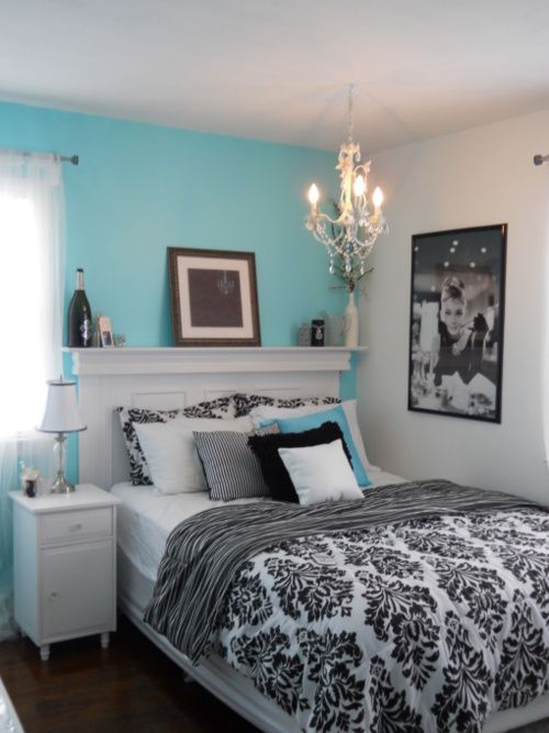 Pretty Combo of Turquoise and Black in 15 Bedroom Interiors | Home .