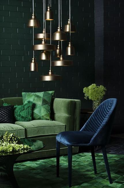 30+ Elegant Dark Living Room Ideas (Dramatic Paint Inspiration .