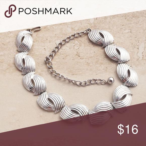 Vintage 50's Modernist Necklace by Coro | Modernist necklace .