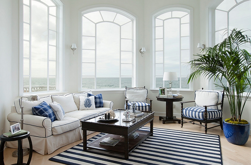 Blue And White Interiors: Living Rooms, Kitchens, Bedrooms And Mo