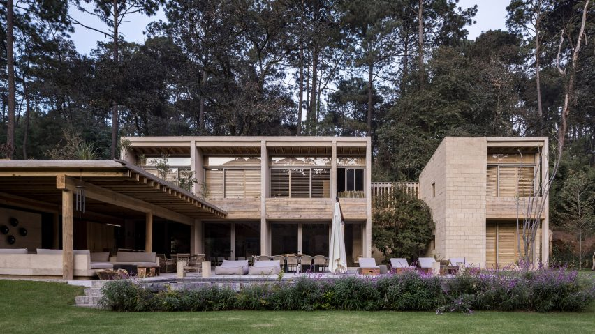 Mud brick walls form House in Avandaro by Taller Hector Barro