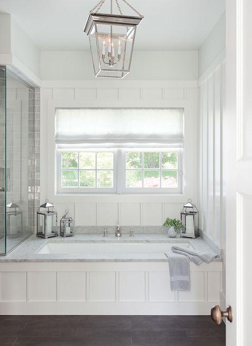 Statement built in bathtub | Anne Chessin Design | Cottage .