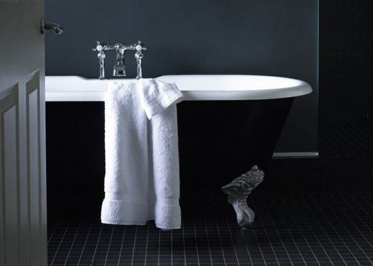 Remodeling 101: Freestanding vs. Built-In Bathtubs, Pros and Cons .