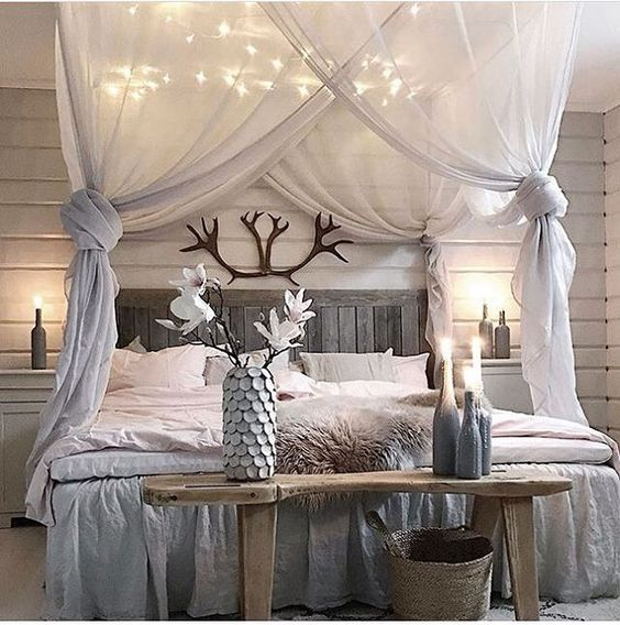 Best 20+ Creative and Simple DIY Bedroom Canopy Ideas on A Budget .