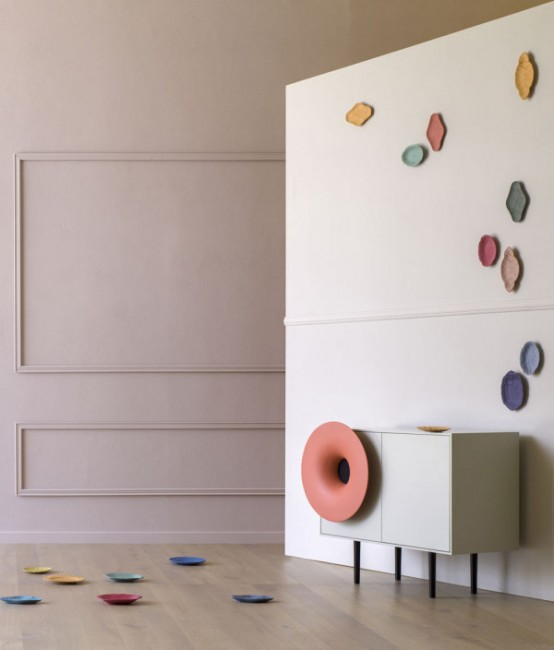 Caruso Music Cabinet With A High-Definition Speaker Outfitted .
