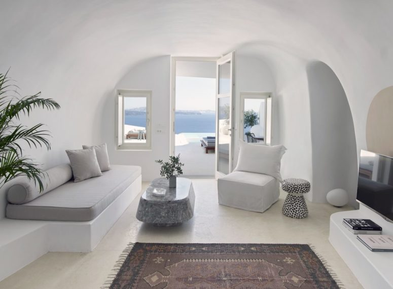 Cave-Like Villa in Greece With Sculptured Living Spaces - DigsDi