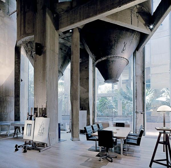Curious Places: Old Cement Factory Home (Barcelona/ Spai
