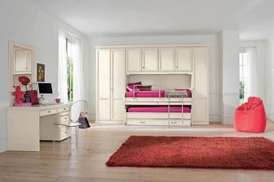 That is so cool!! That is a neat trundle bed!!! | Classic bedroom .