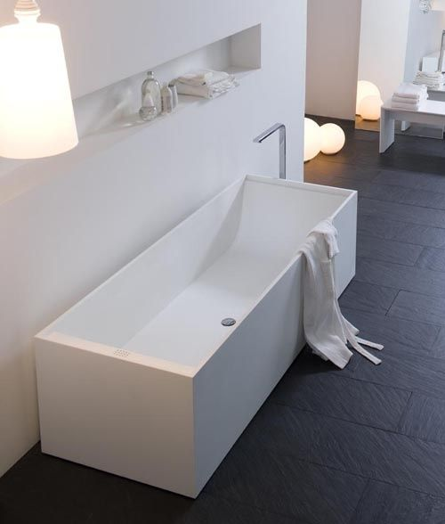 Minimalist bathtub in corian by Arlex Italia | BATHroom | Bathroom .