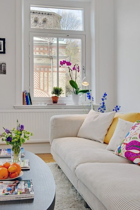 33 Colorful And Airy Spring Living Room Designs (With images .