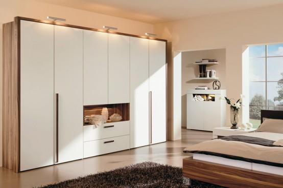 Warm Bedroom Decorating Ideas by Huelsta | InteriorHolic.c