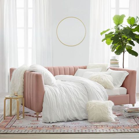 11 Chic Daybeds For Your Guest Room - Best Daybe