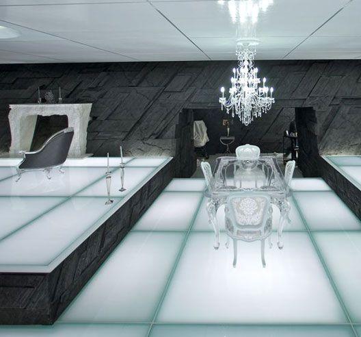 On Tron: Legacy Set, How Midcentury Design Doth Glow   Tron legacy .